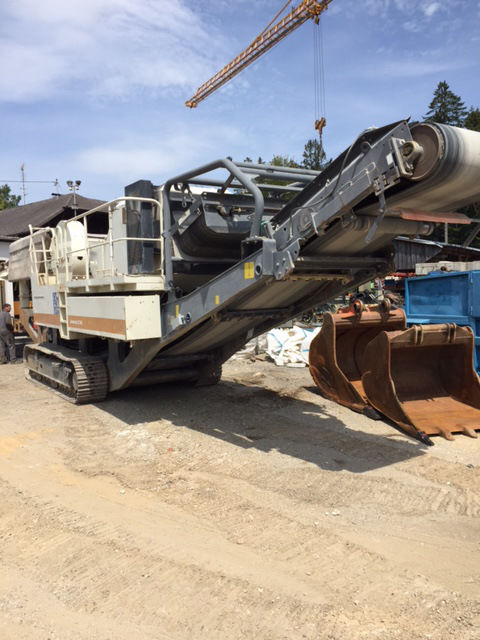METSO LT 106 mobile crushing plants for sale, mobile crusher