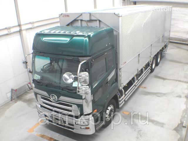 NISSAN UD box truck