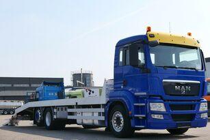 MAN TGS 26.400 6x2 Csörlővel és rámpával car transporter