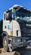 damaged SCANIA G440 dump truck