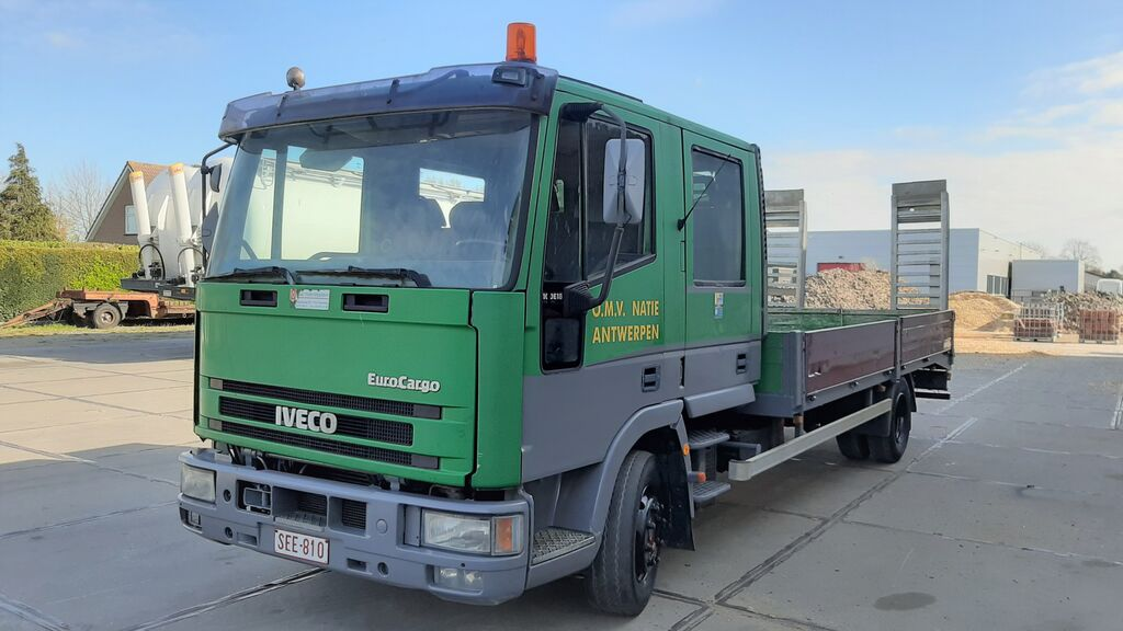 IVECO EuroCargo ML 100E18 Euro 2 Manual flatbed truck
