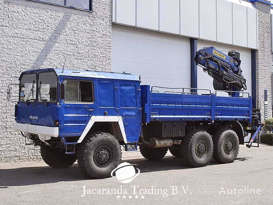 MAN 4520 flatbed truck
