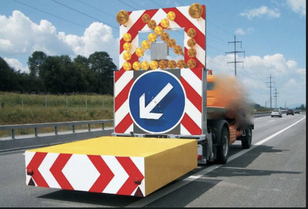 MERCEDES-BENZ tampon signalisation routière  tow truck